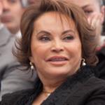 Elba Esther en ¿Netflix o Blim?